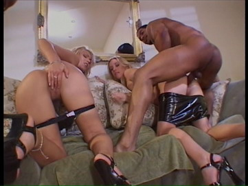 18 Inches of Pain Review - Girls Fucking Black Guy